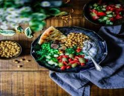 """عمان اليوم - مشاركة صور الطعام على """"السوشيال ميديا"""" قد تسبب ضررًا جسديًا"""