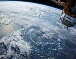 عمان اليوم - رائد فضاء يلتقط صورة مذهلة لشفق قطبي يتألق بشكل رائع فوق الأرض