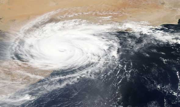 عمان اليوم - عمليات إجلاء واسعة النطاق في الهند استعدادا لإعصار قوي يضرب البلاد
