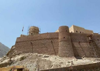 عمان اليوم - تنفيذ مشاريع تجميلية لواجهة فلج الميسّر بولاية الرستاق العُمانية
