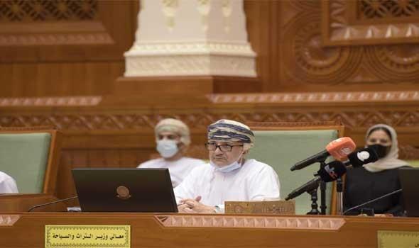 عمان اليوم - وزير السياحة العُماني يؤكد أن مشروع التلفريك في دربات قادم عبر المطور الرئيس